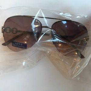 APT.9 Foster Grant Aviator Sunglasses NEW